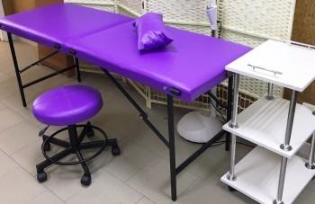Кушетка и столик косметолога